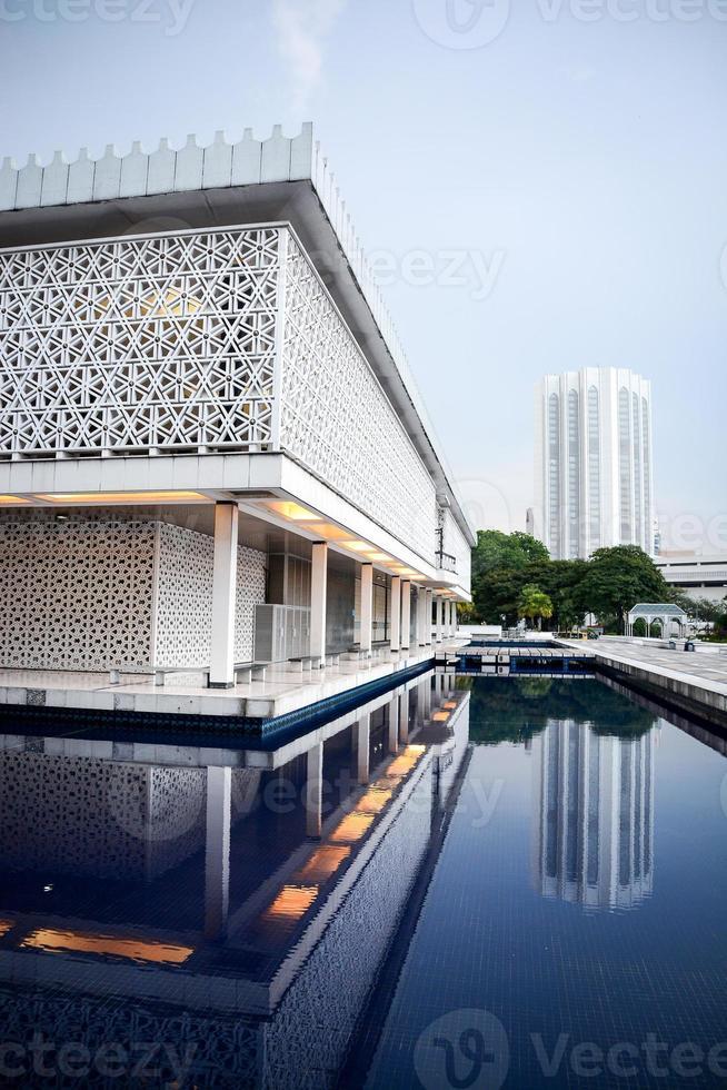 moschea nazionale della malesia, kuala lumpur foto