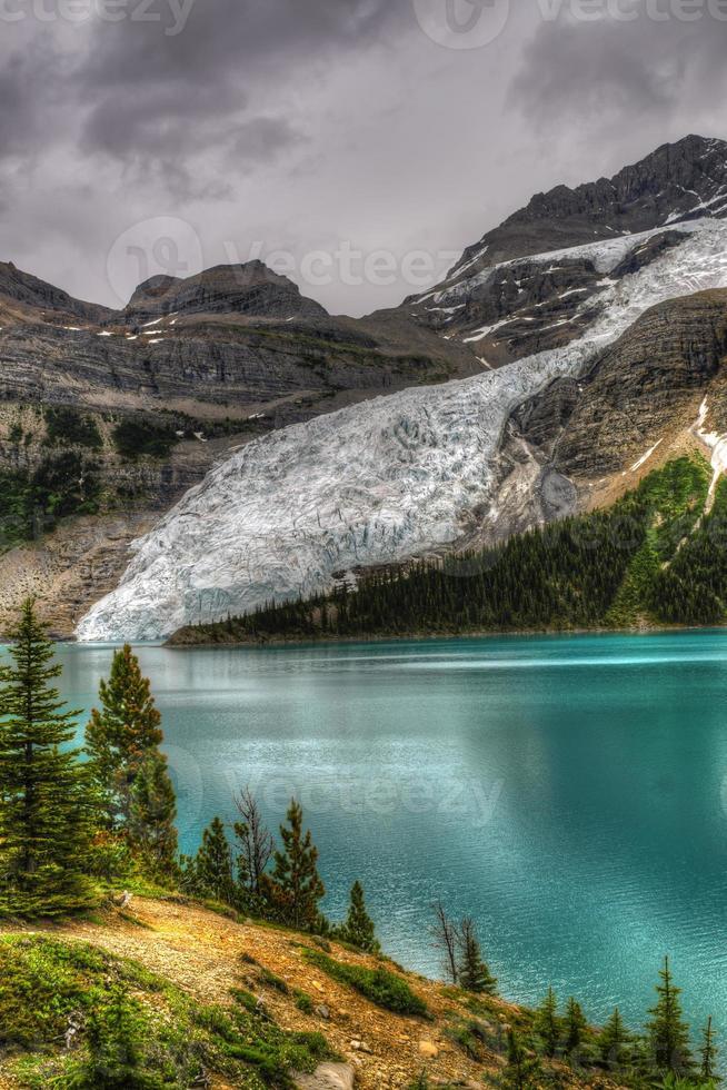 sentiero escursionistico lago di Berg foto