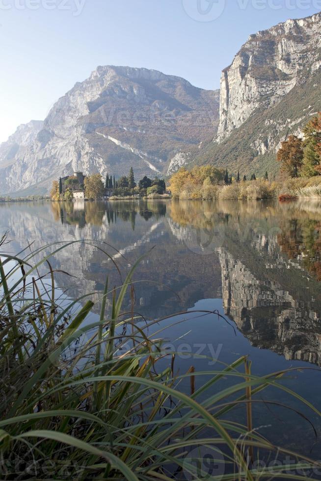 Lago Toblino foto