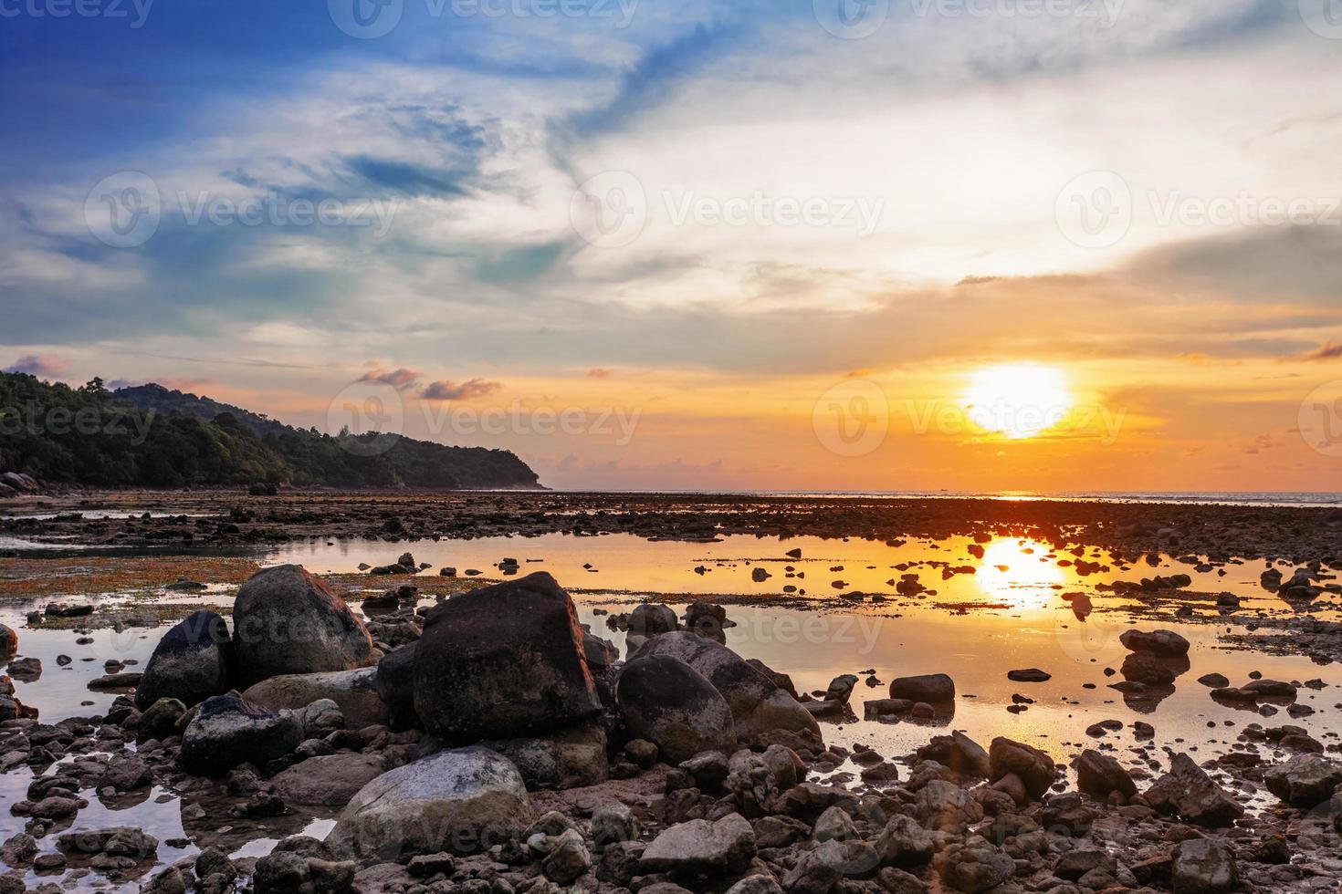 riflusso al tramonto foto