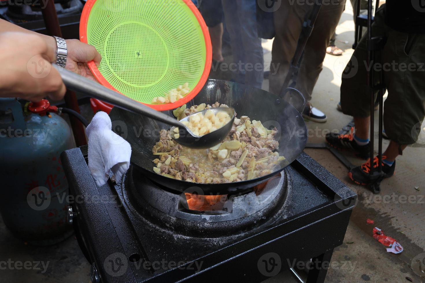 cucinando foto