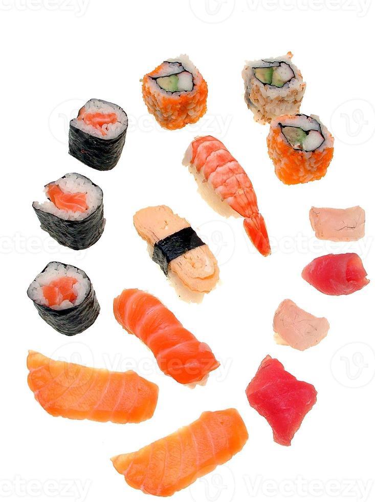 sushi - verschieden kreationen foto