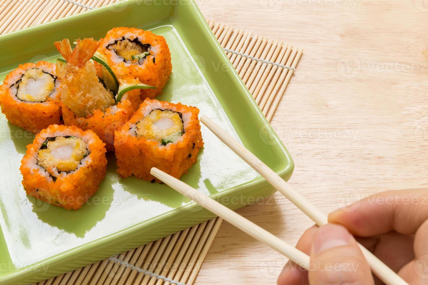 rotolo di sushi / sushi roll sfondo foto