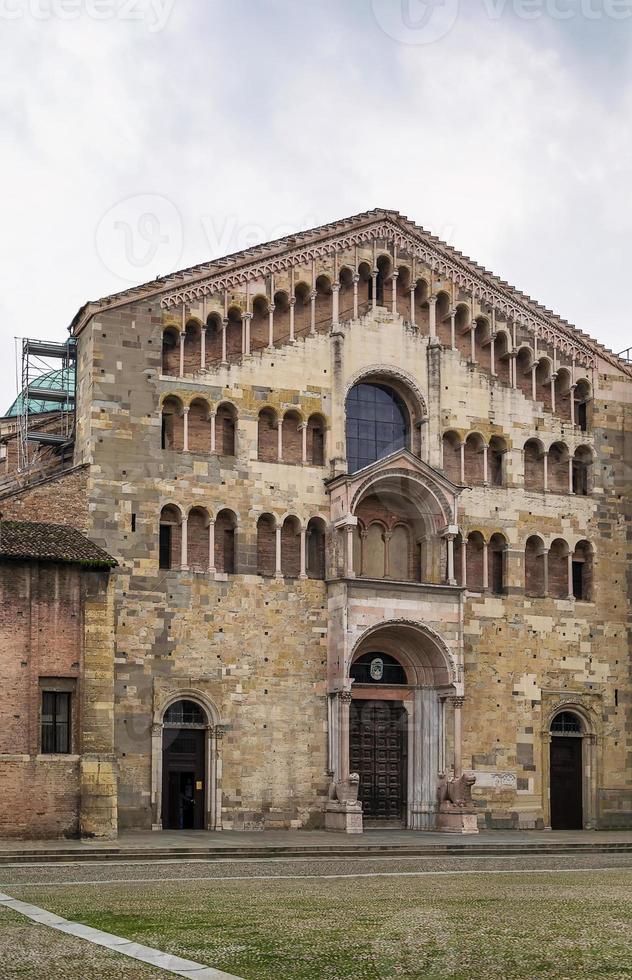 cattedrale di parma (duomo), italia foto