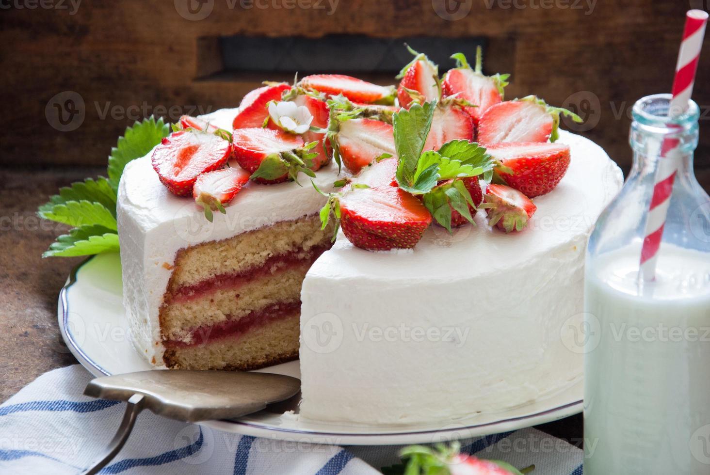 torta di fragole foto