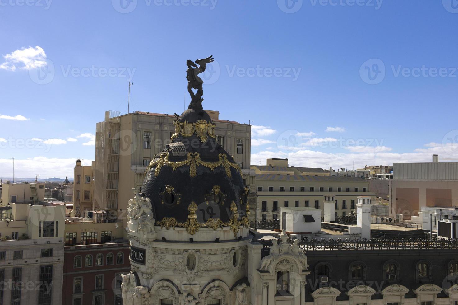 la cupola della costruzione della metropoli. Madrid. Spagna foto