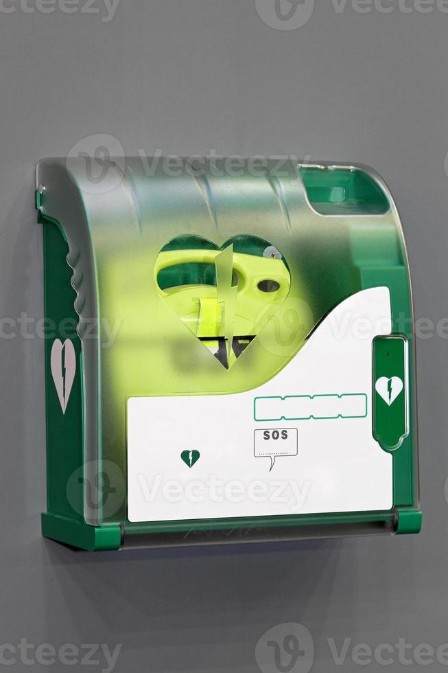 defibrillatore esterno automatizzato foto