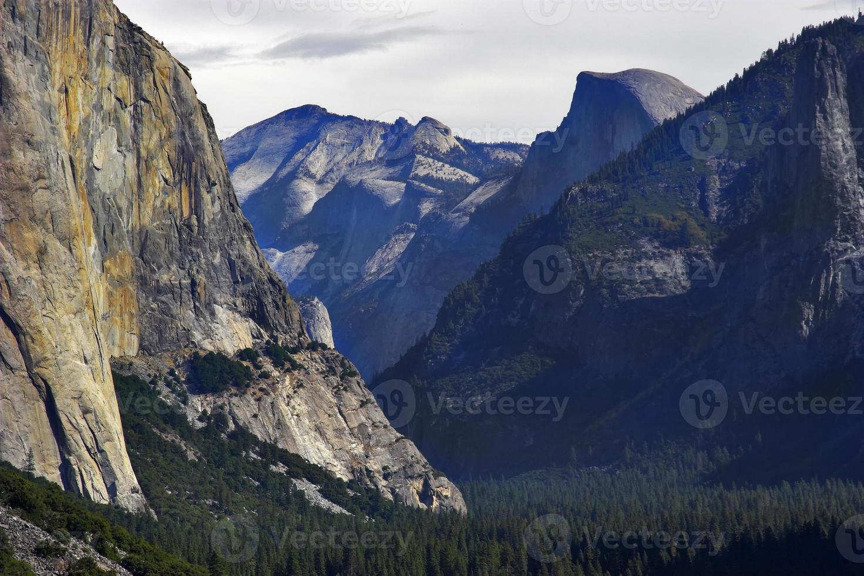 rocce di granito. foto