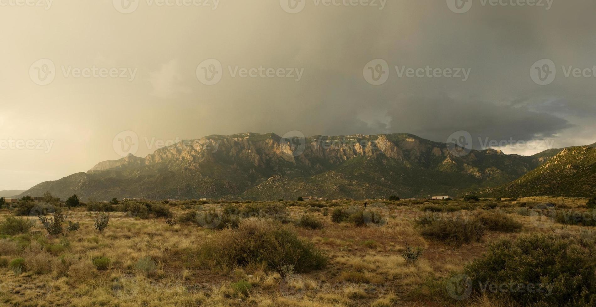 montagne dorate di sandia foto
