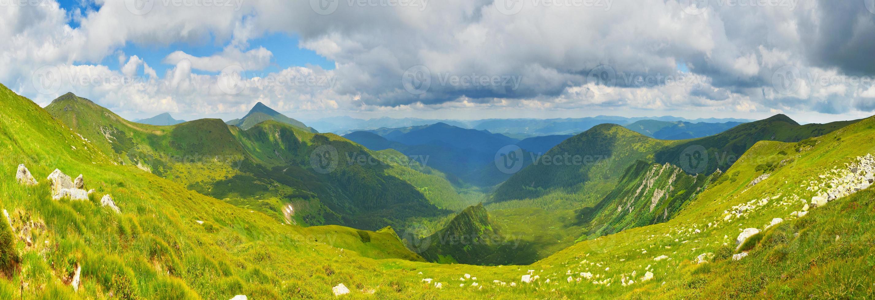 montagne estive foto