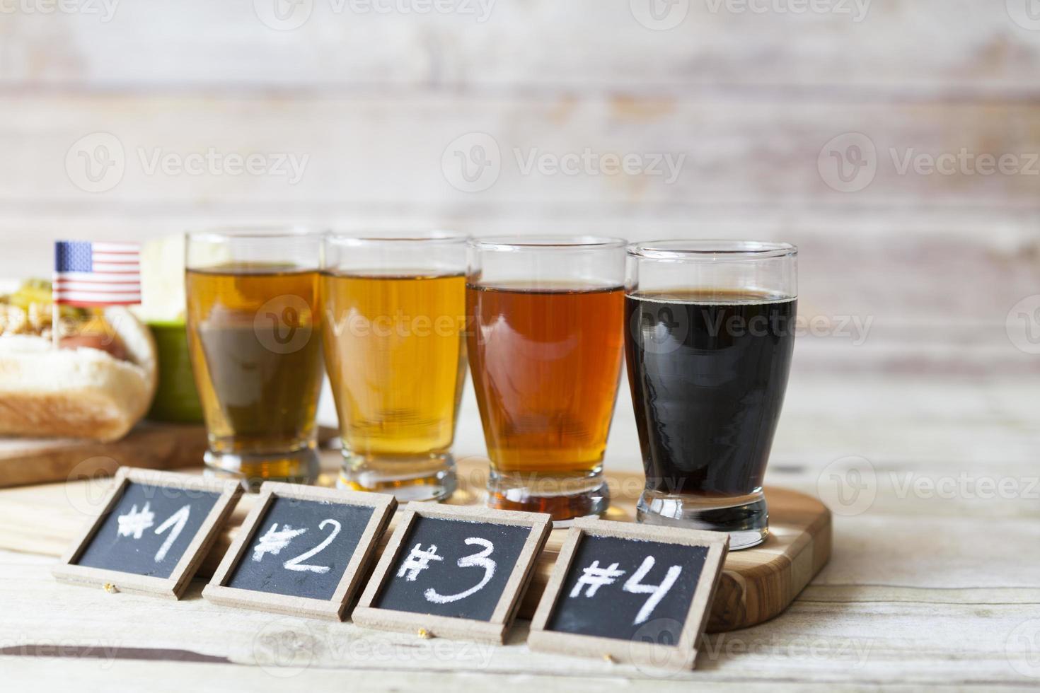 degustazione di birra foto