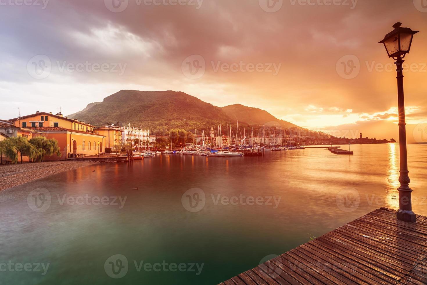 Lago di Garda - Italia foto