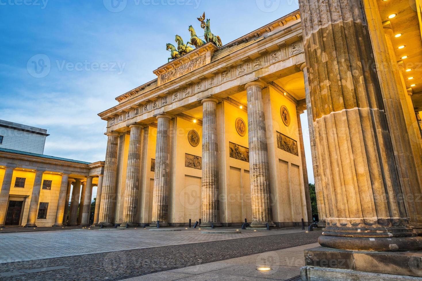 Berlino alla porta di Brandeburgo foto