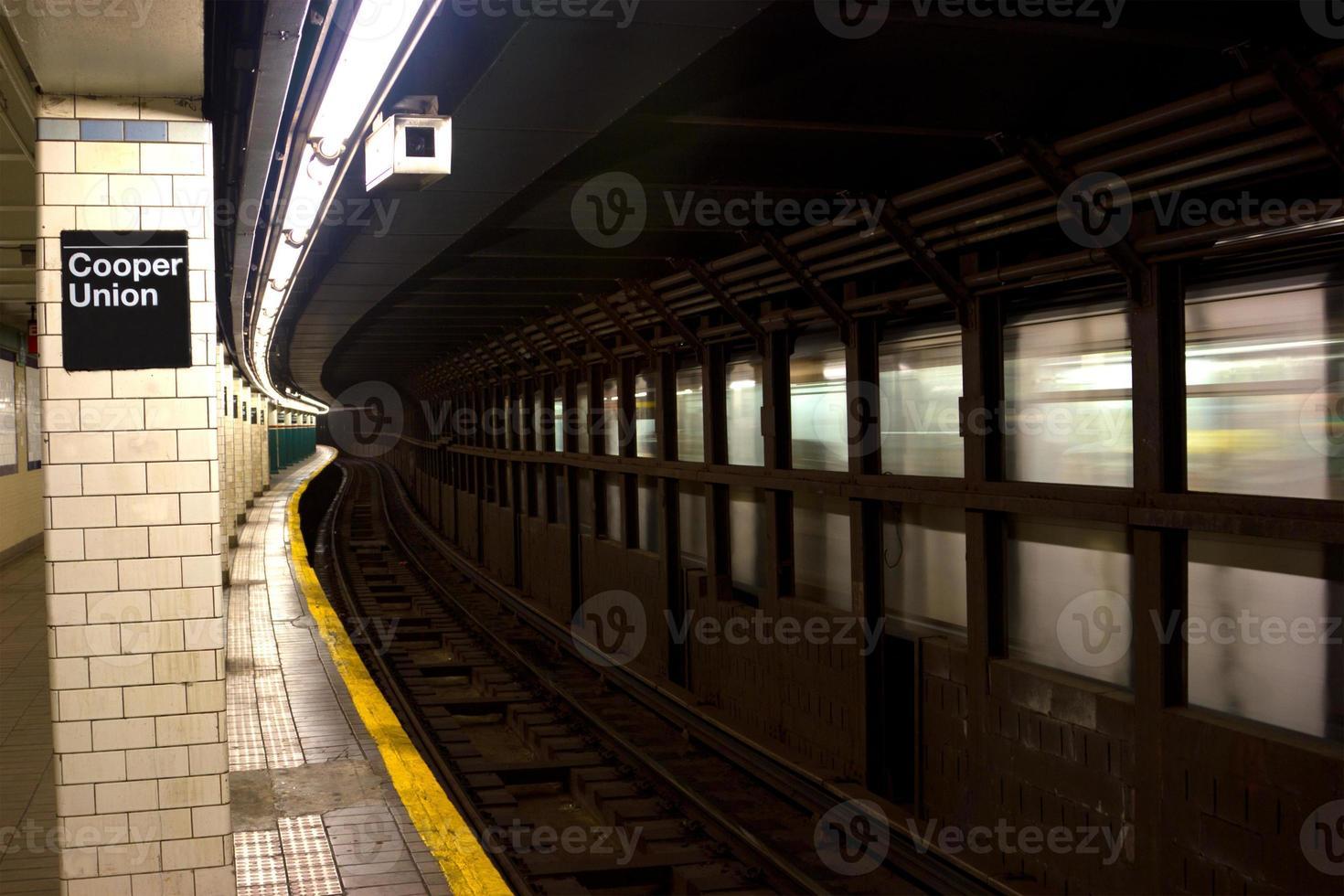 Cooper Union e Astor Place stazione della metropolitana, nyc foto