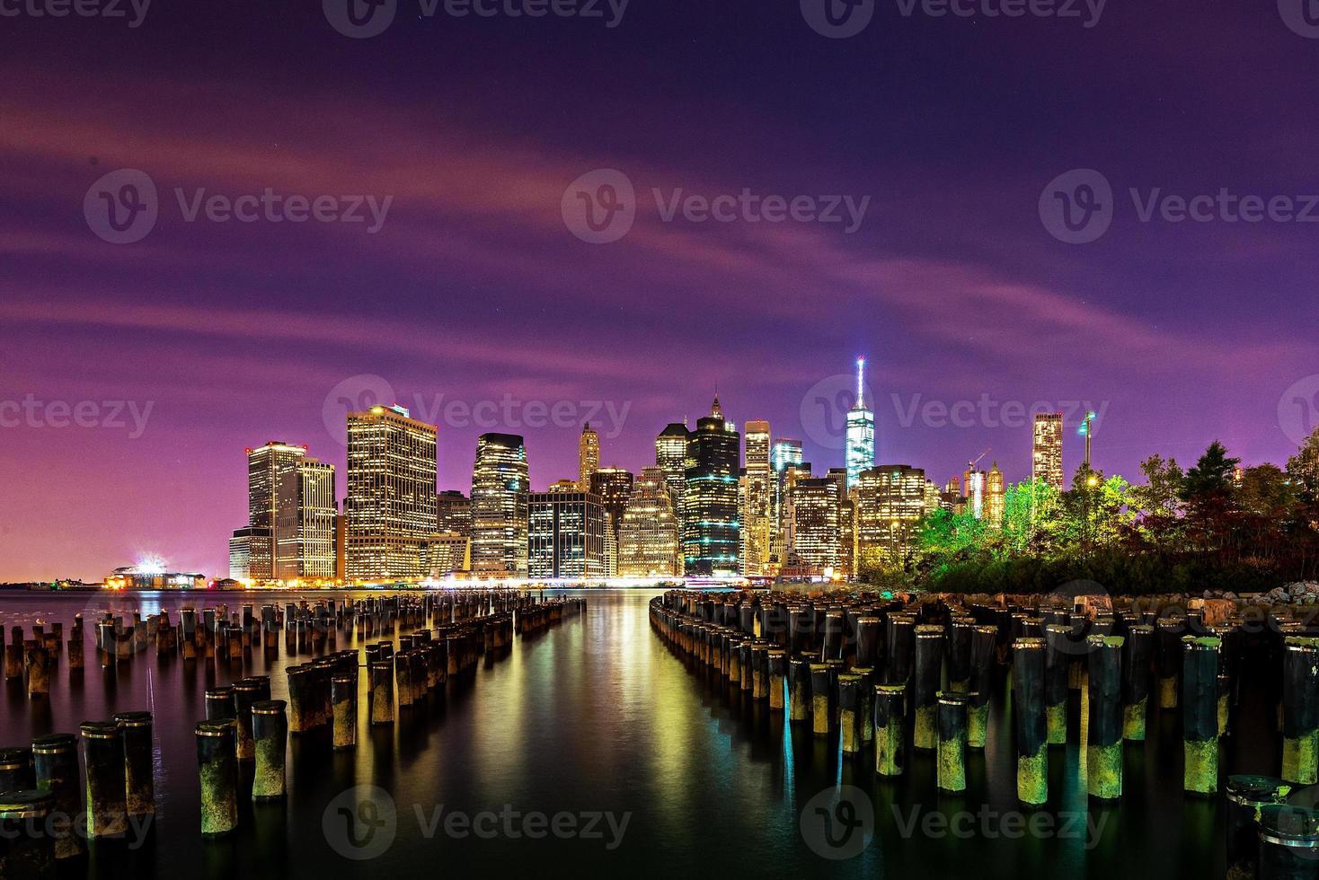 skyline del centro di manhattan da brooklyn foto