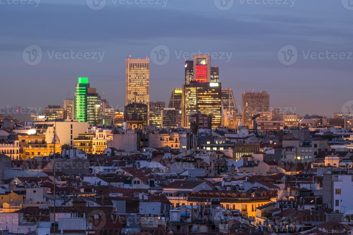 skyline di madrid in centro foto