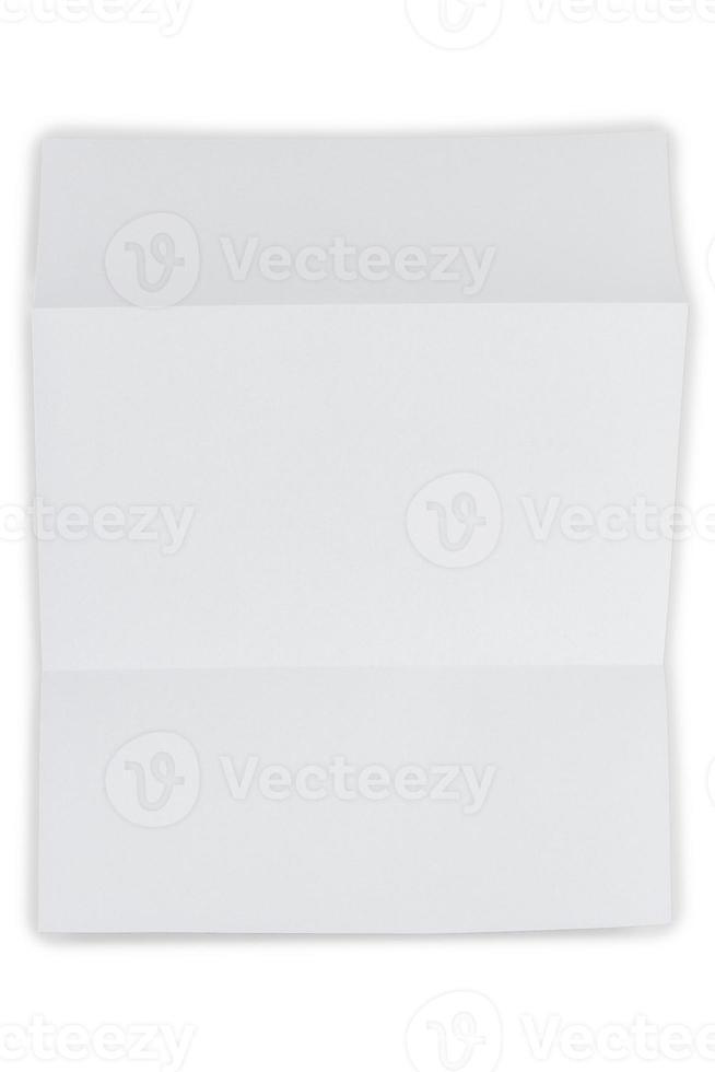 foglio piegato su bianco foto