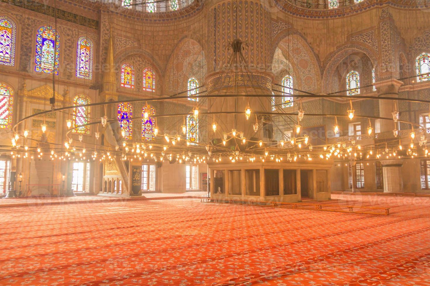 l'interno della moschea blu - Istanbul, Turchia foto