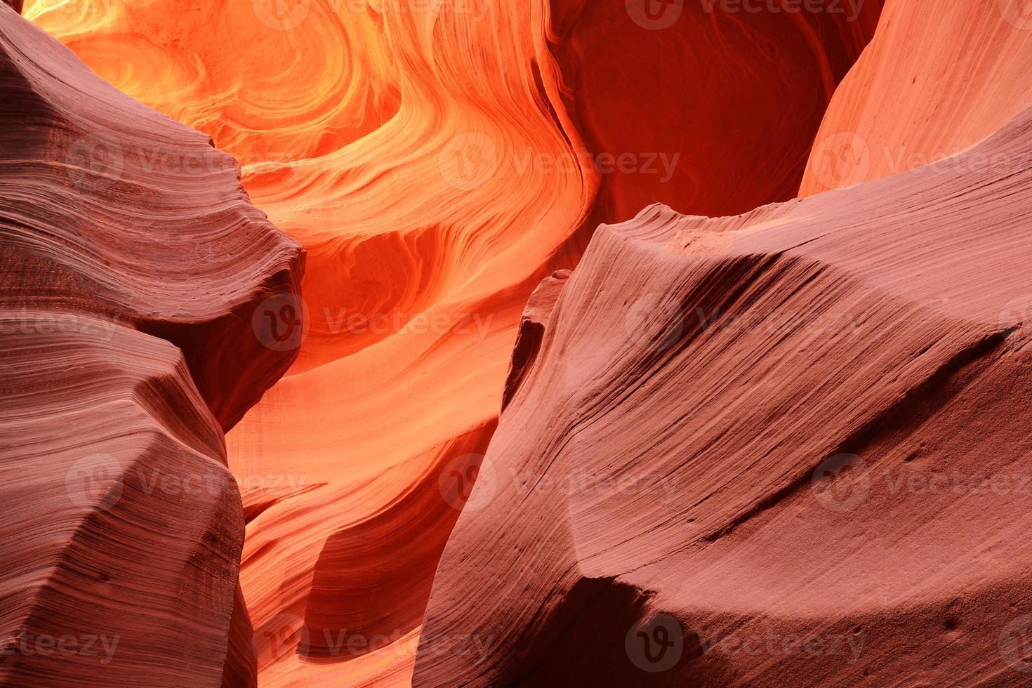 bellissimi disegni astratti del canyon dell'antilope inferiore foto