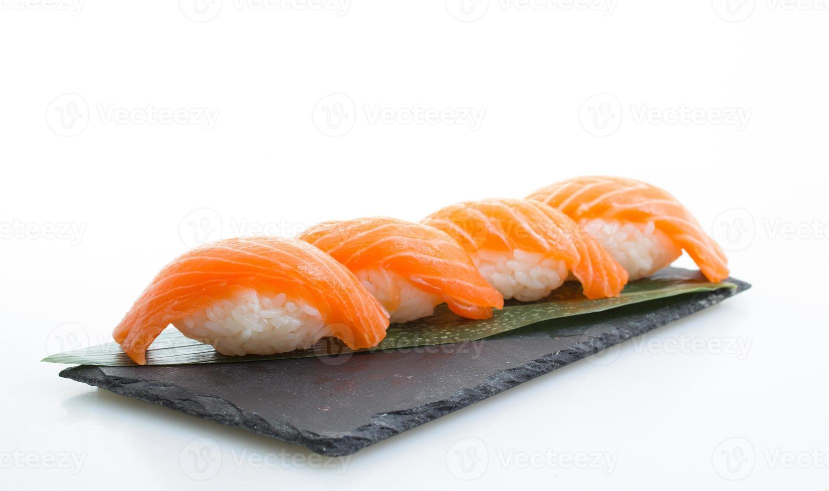 Nigiri sushi di salmone foto
