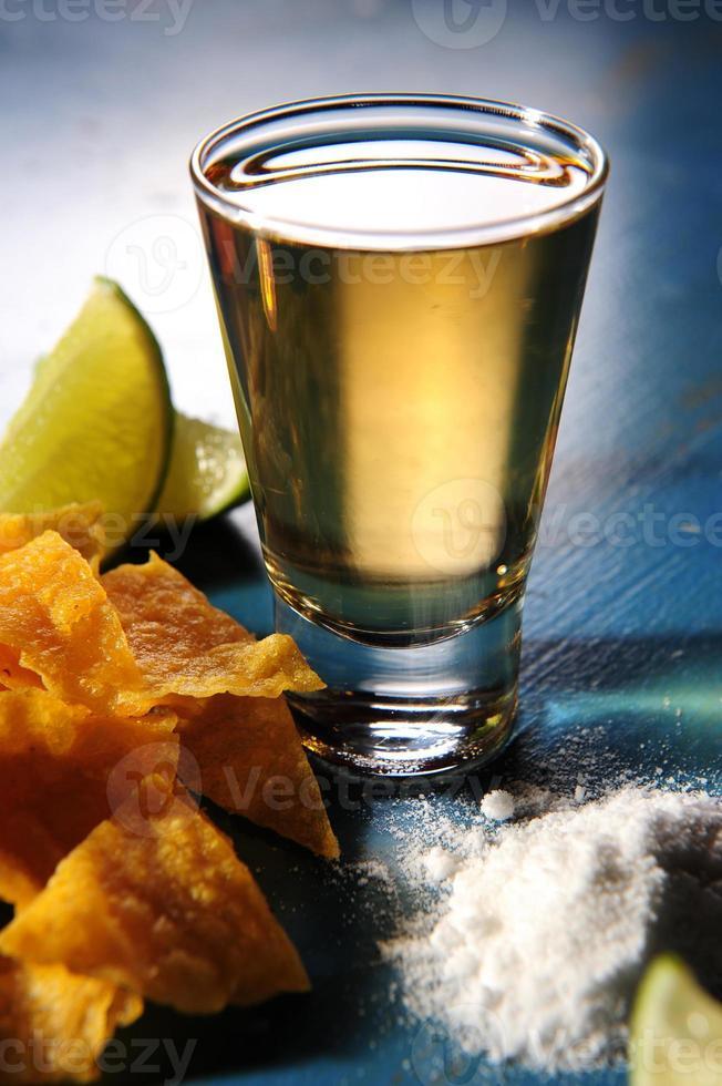 colpo di tequila foto