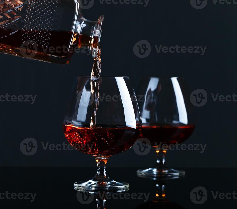bicchiere da brandy con brandy foto