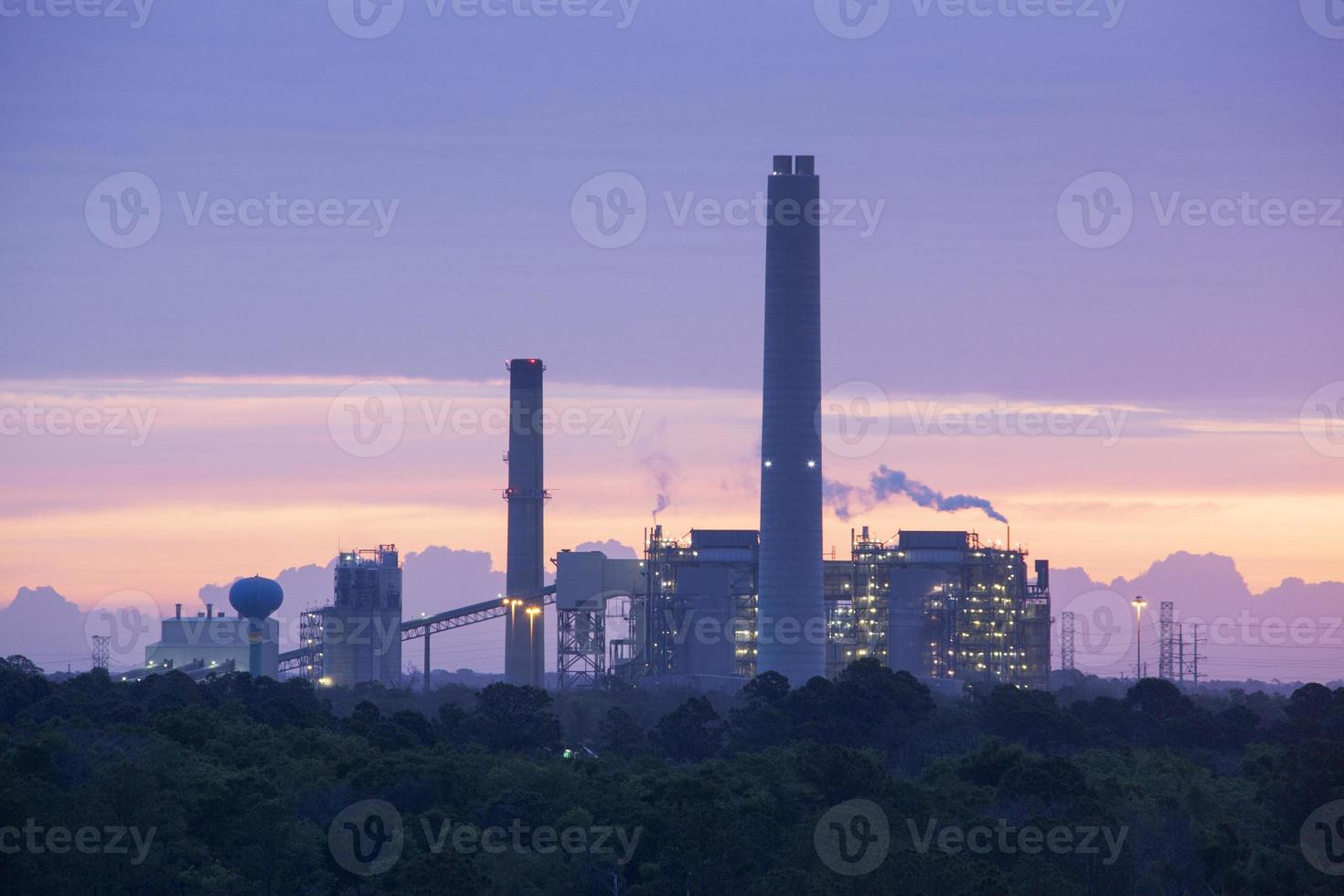 alba industriale foto