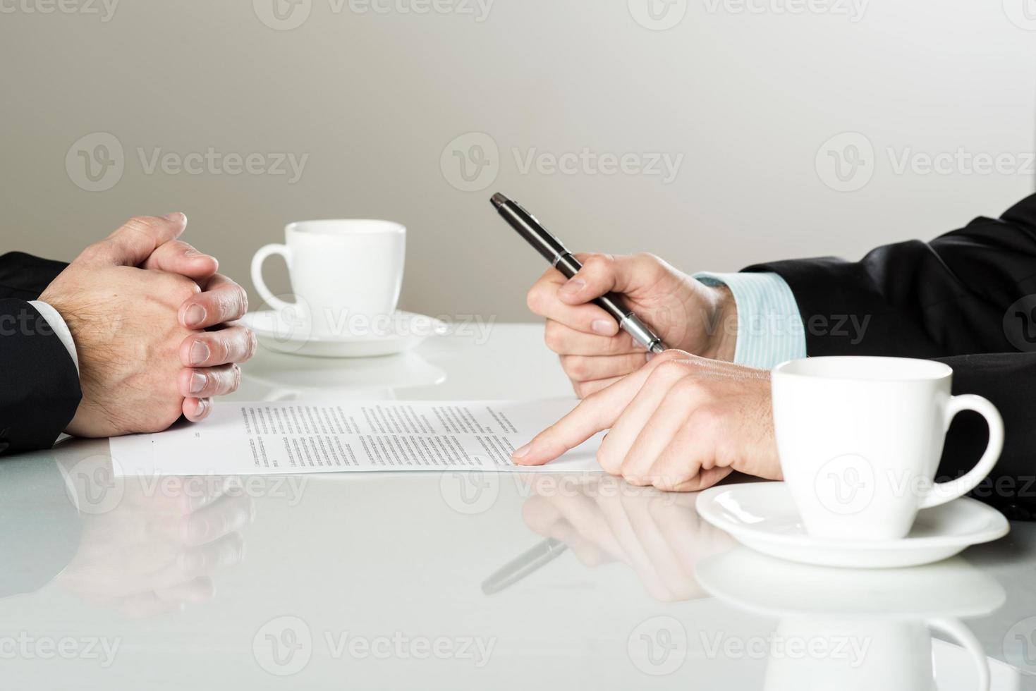 contratto commerciale foto