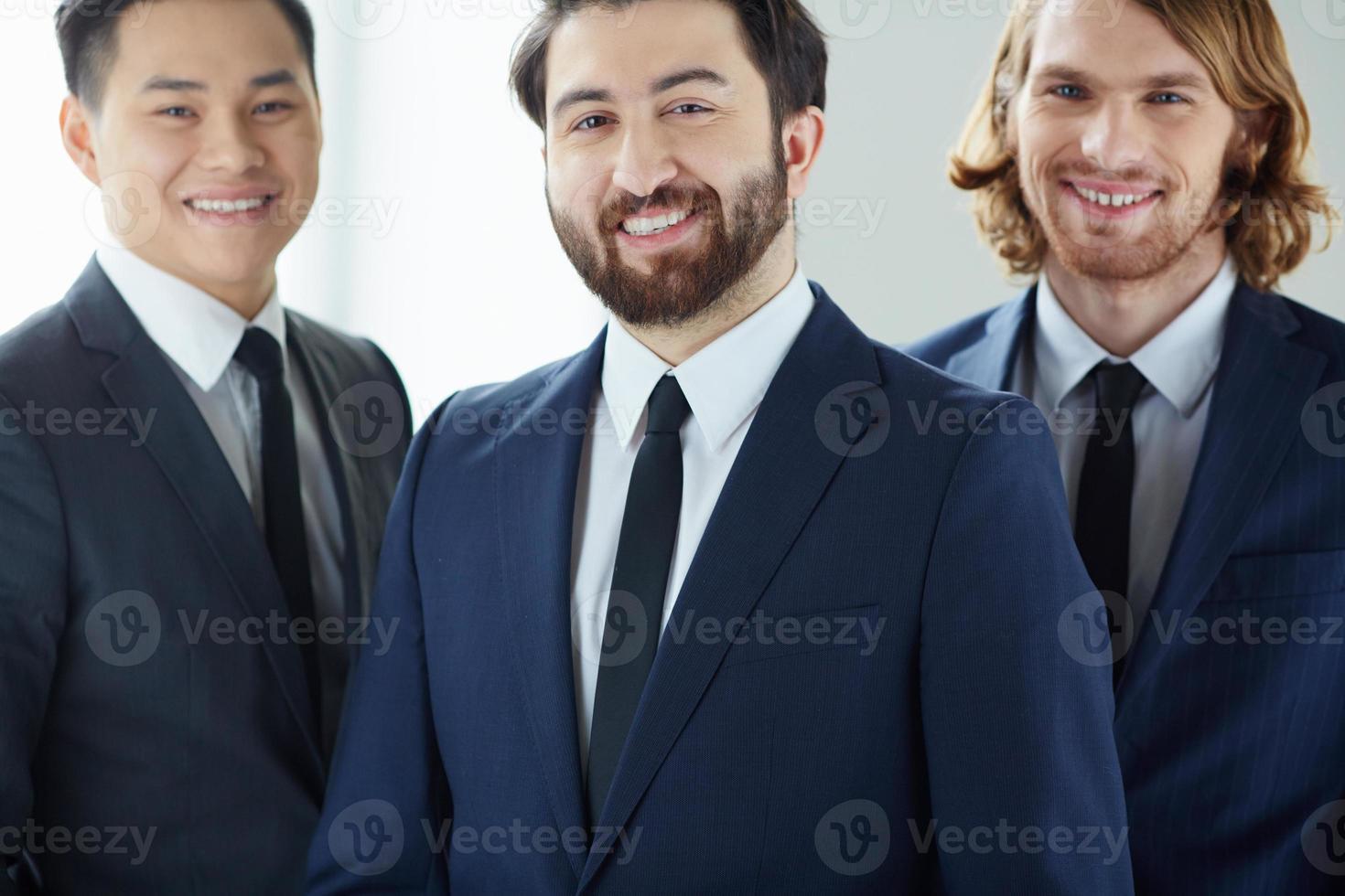 uomo d'affari barbuto foto