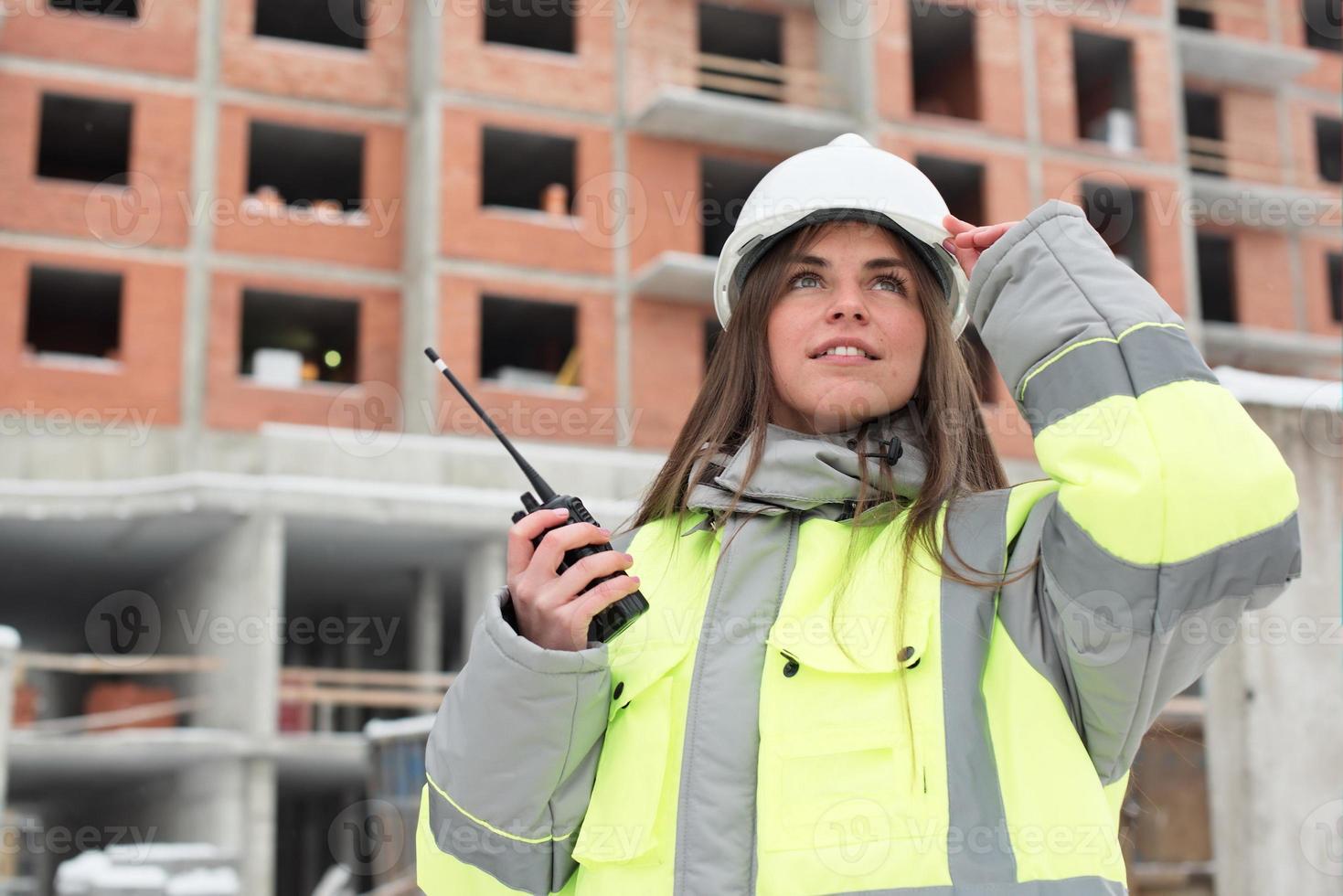 ingegnere civile presso il cantiere foto