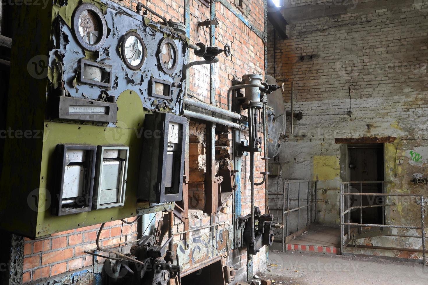 locale caldaia in una fabbrica foto