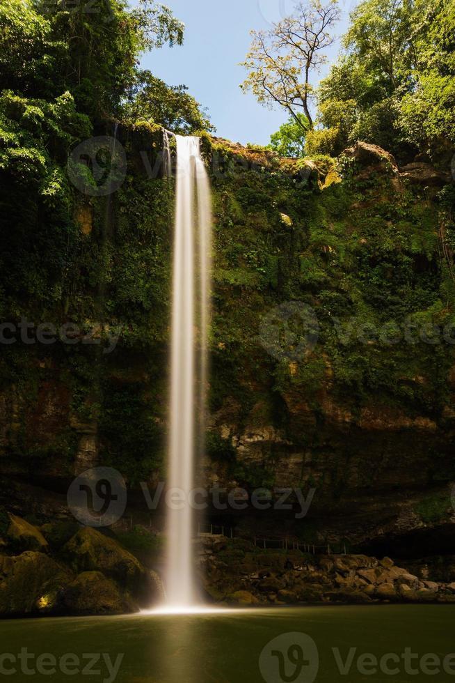 cascata di misol-ha in messico foto