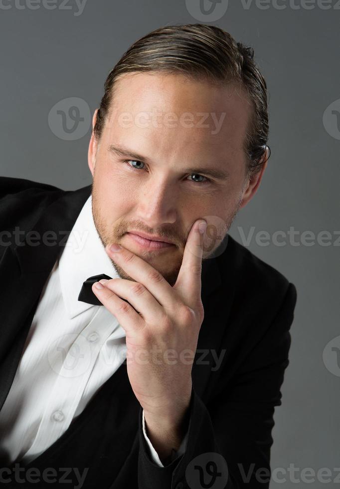 bell'uomo caucasico foto