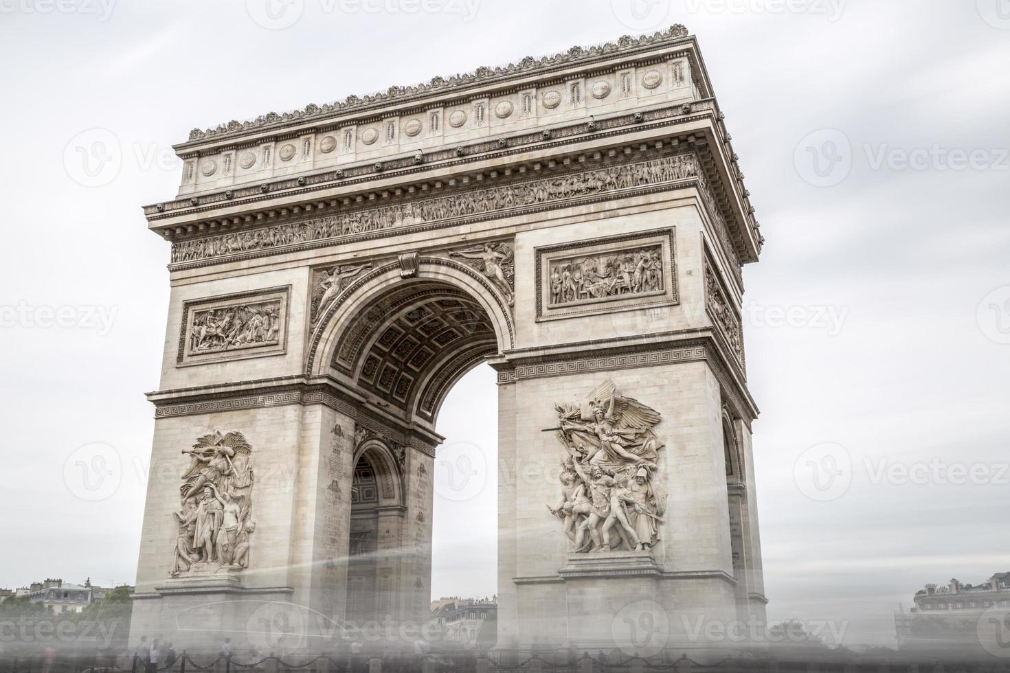 arco di trionfo a Parigi, Francia foto