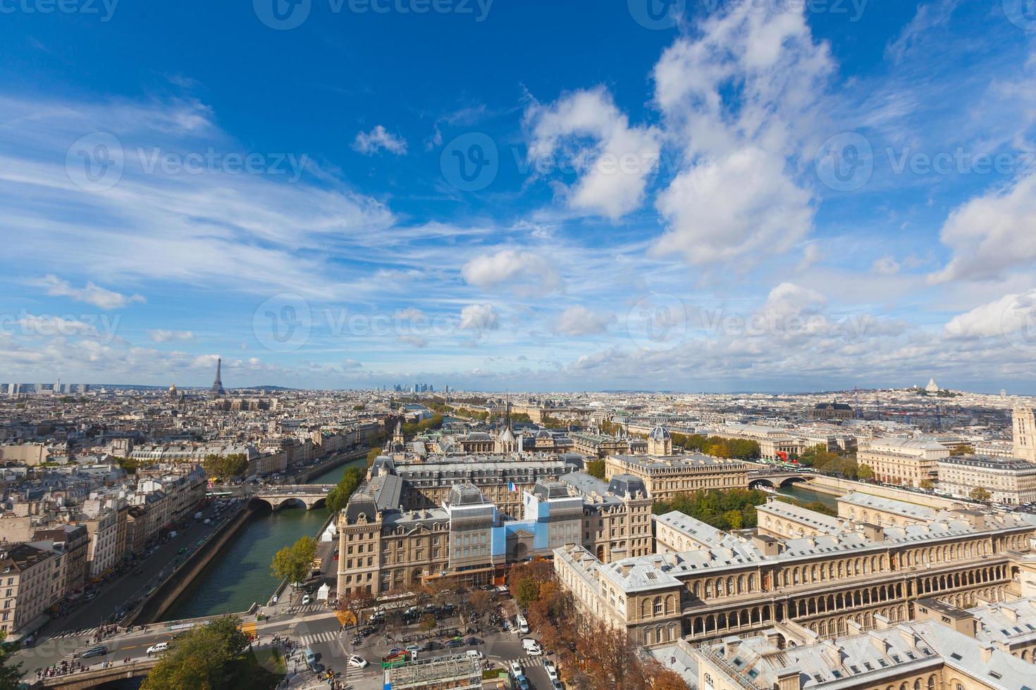 Parigi vista dall'alto di Notre Dame foto