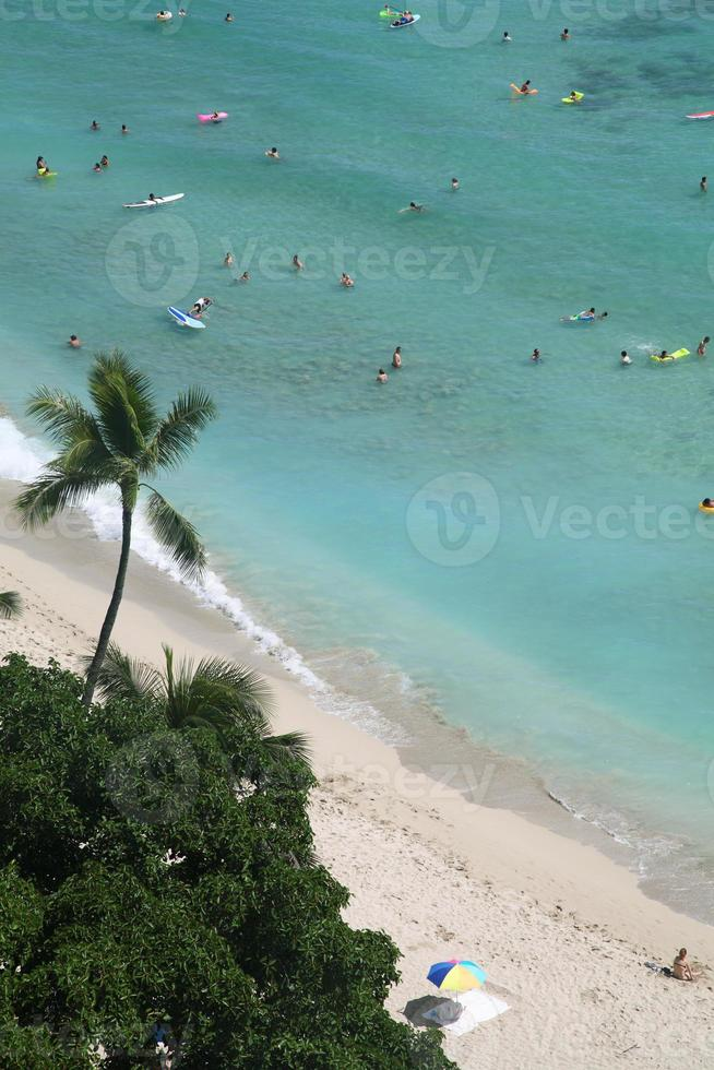 spiaggia di waikiki alle hawaii foto