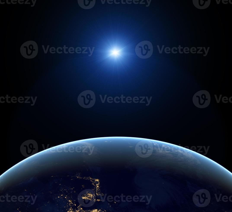 terra di notte foto