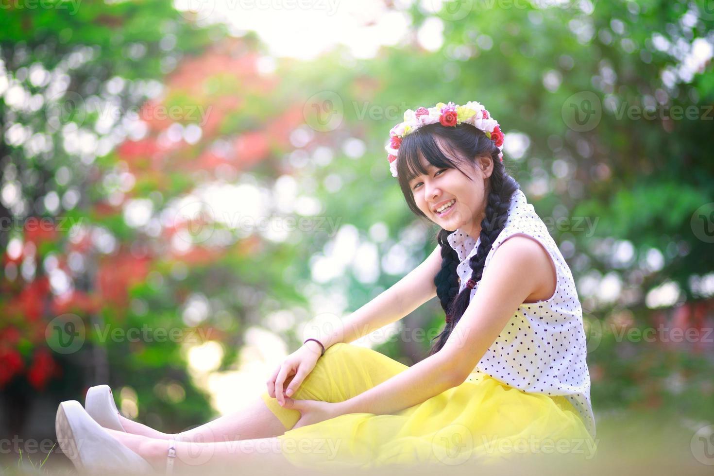 ragazza asiatica adolescente foto