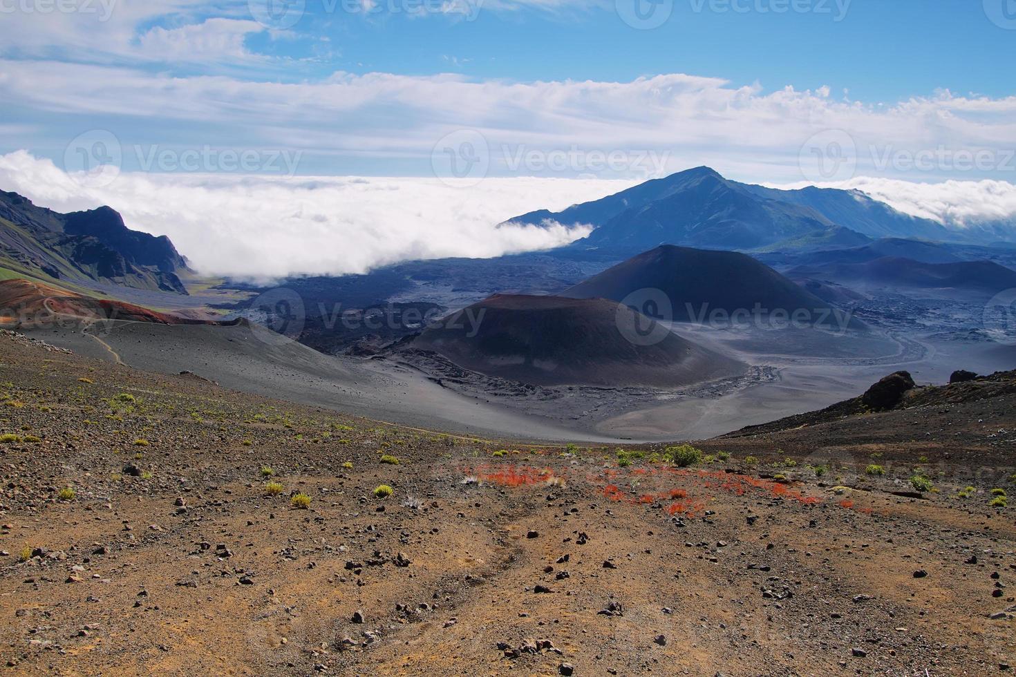 caldera del vulcano haleakala nell'isola di maui foto