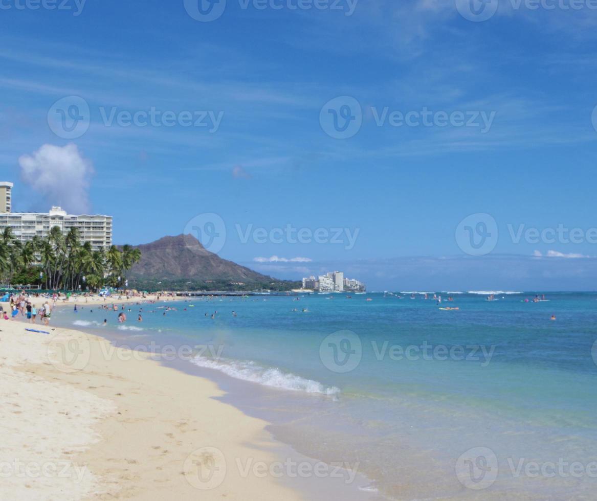 testa di diamante e spiaggia di waikiki foto