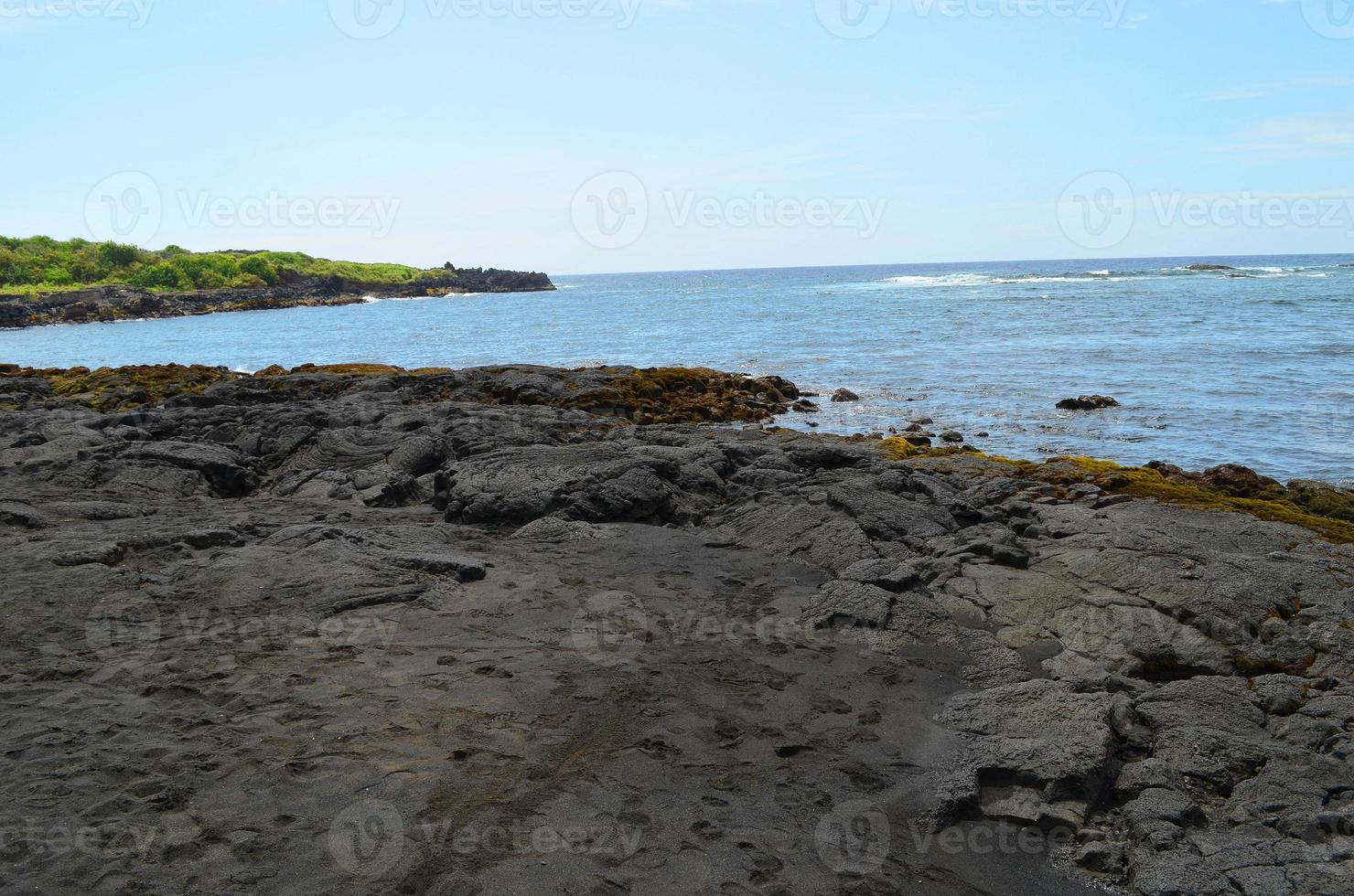 Hawai Punaluu spiaggia di sabbia nera foto