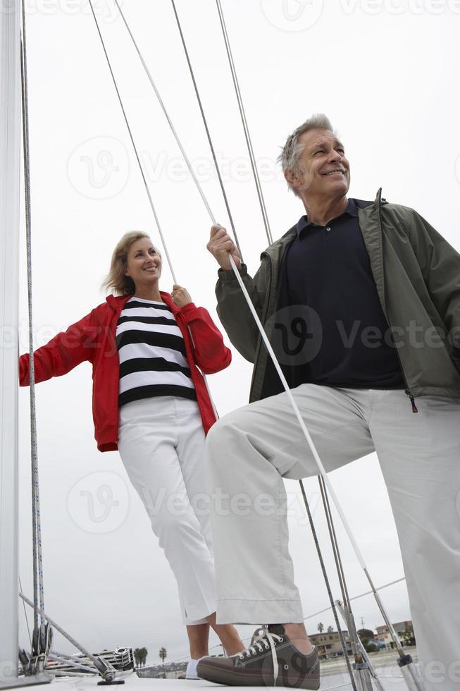 famiglia su yacht foto