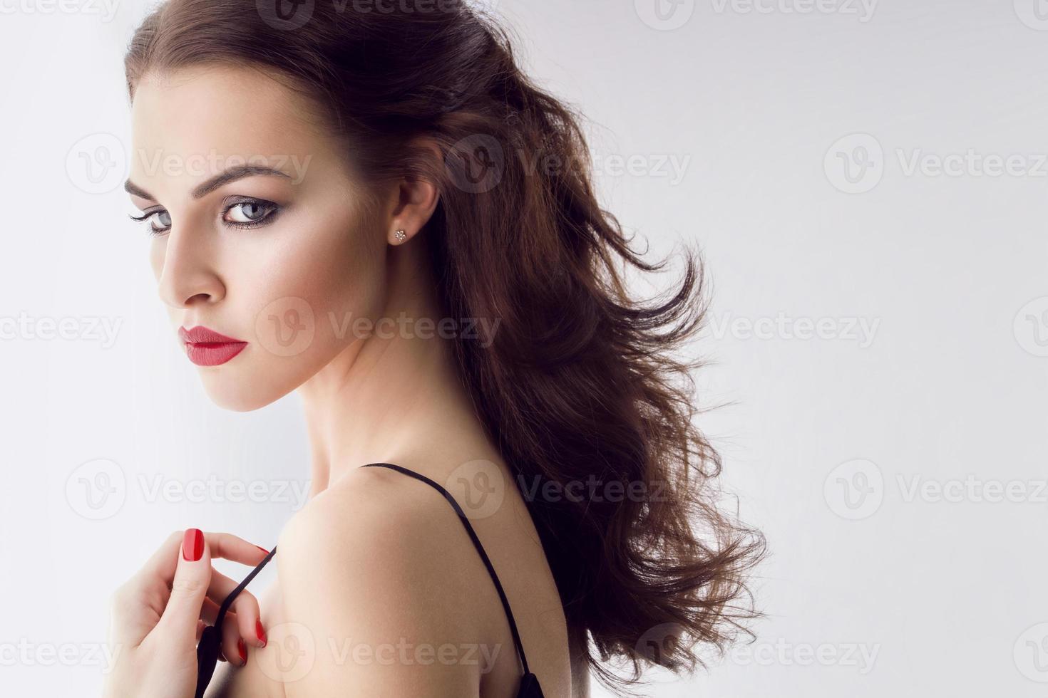 elegante bellezza caucasica foto