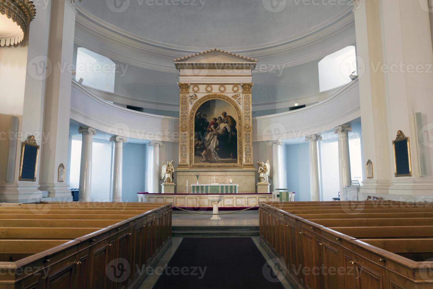 interno sulla cattedrale di helsinki foto