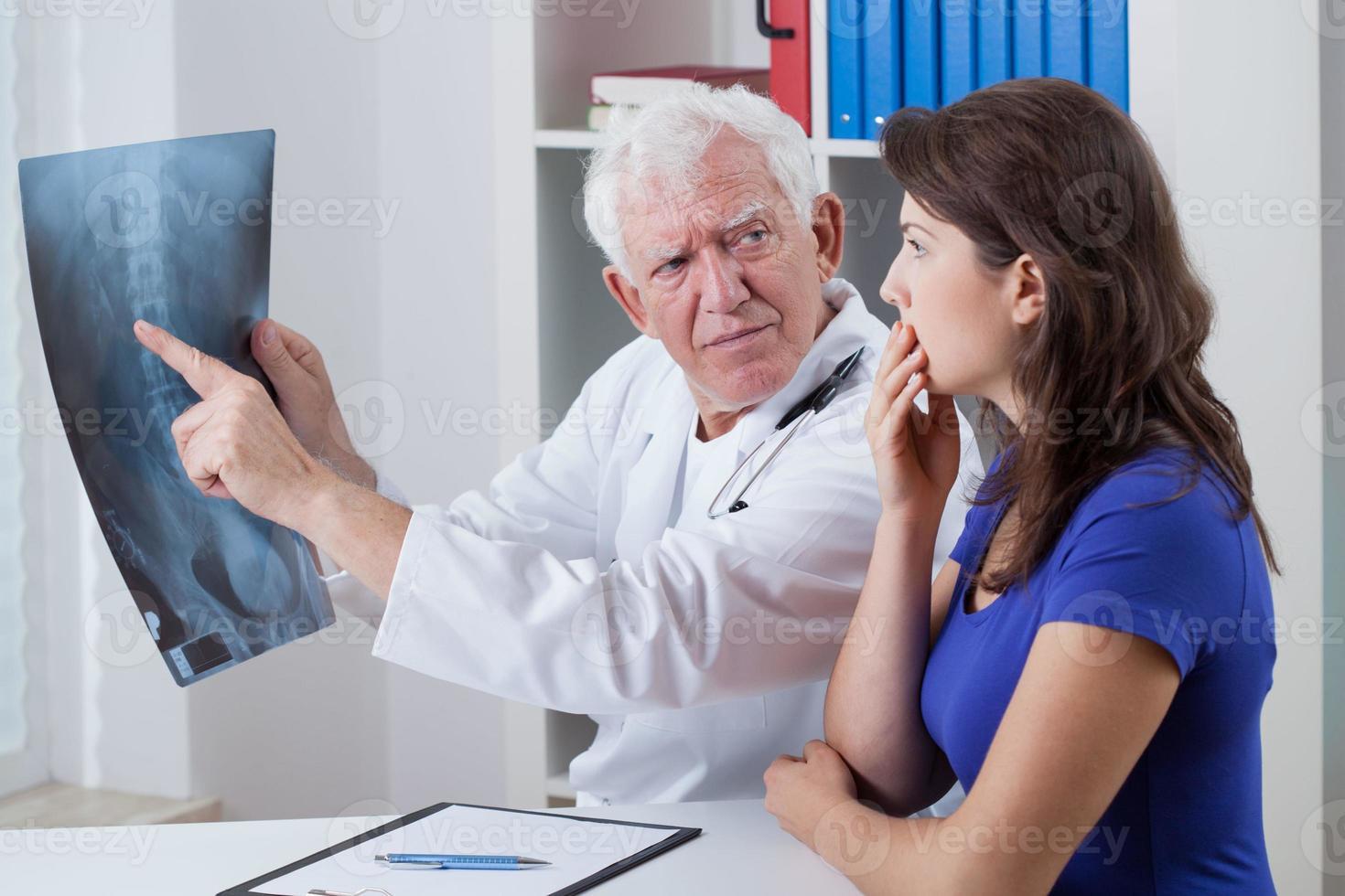 paziente preoccupato foto