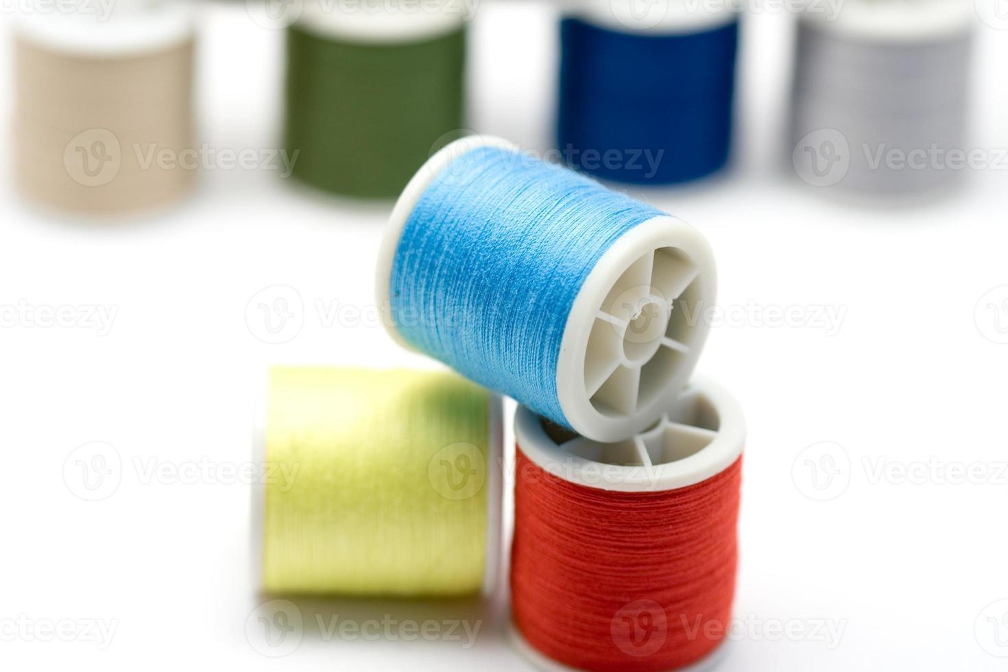 bobine per cucire foto
