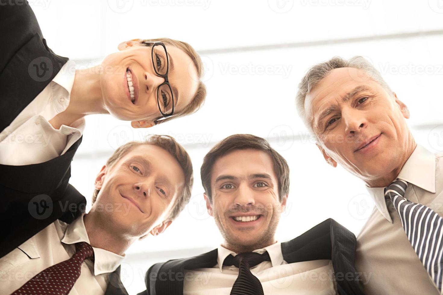siamo un forte team aziendale. foto