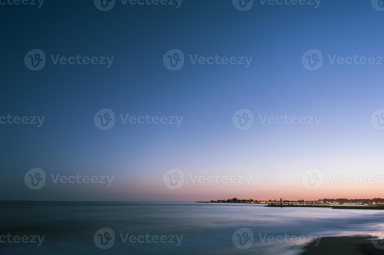 costa della California di notte foto