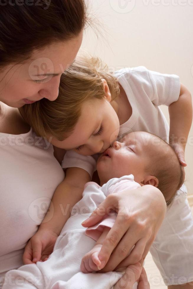 bacio della sorella foto