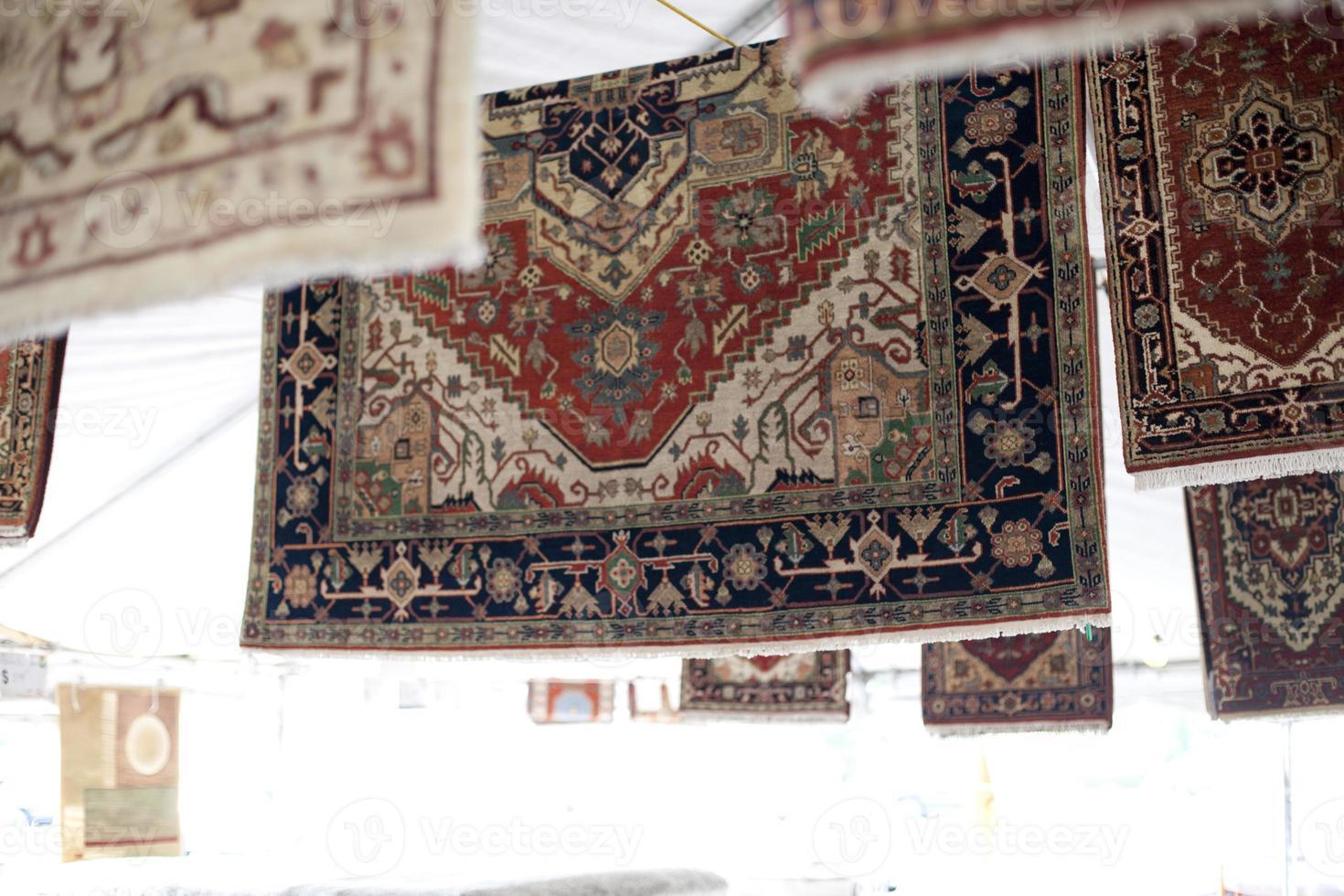 vendita di tappeti foto